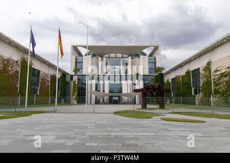 Berlin, Berlin, Germany. 19th June, 2018. A general external view of the Federal Chancellery Building in Berlin, Germany, June 19 2018. Credit: Omer Messinger/ZUMA Wire/Alamy Live News - Stock Photo