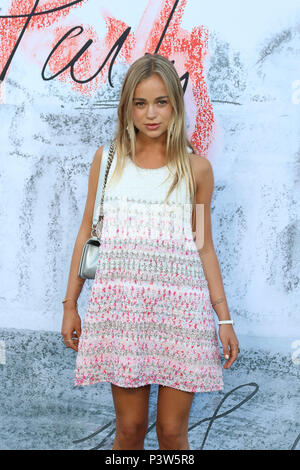 Kensington Gardens, London, UK. 19th Jun, 2018. Amelia Windsor, Serpentine Summer Party, Serpentine Gallery, Kensington Gardens, London, UK, 19 June 2018, Photo by Richard Goldschmidt Credit: Rich Gold/Alamy Live News - Stock Photo