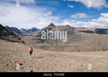 Trekking in the Cordillera Real region of the Bolivian Andes. - Stock Photo