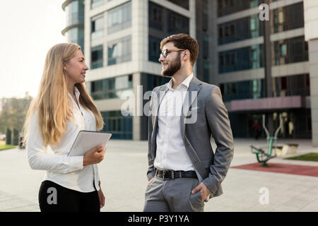 Business people commuting on street - Stock Photo