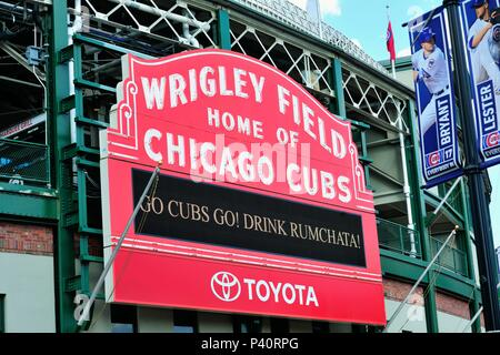 Chicago, Illinois USA. The famous marquee above the main entrance to iconic Wrigley Field, home to the Chicago Cubs. - Stock Photo