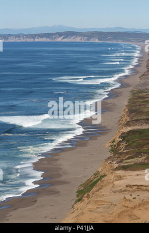 the wonderful long view along the north shore from Point Reyes Lighthouse - Stock Photo