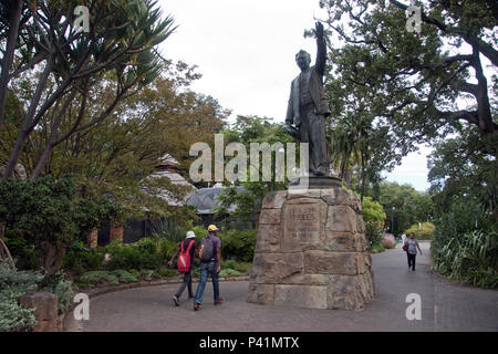 Statue of Cecil Rhodes (c.1908) stands at Company's Garden (Dutch East India Company) in Cape Town, South Africa. - Stock Photo
