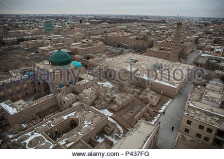 The old streets in Itchan Kala, the 13th-Cenutry city along the Silk Road in Khiva, Uzbekistan. - Stock Photo