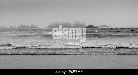 Ocean waves along shoreline, Chesterman Beach, Tofino, Vancouver Island, British Columbia, Canada - Stock Photo
