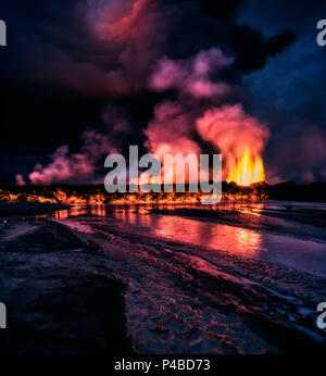 Glowing lava from the eruption at the Holuhraun Fissure, near the Bardarbunga Volcano, Iceland. August 29, 2014, a fissure eruption started in Holuhraun at the northern end of a magma intrusion, which had moved progressively north, from the Bardarbunga volcano. Sept 2, 2014 - Stock Photo