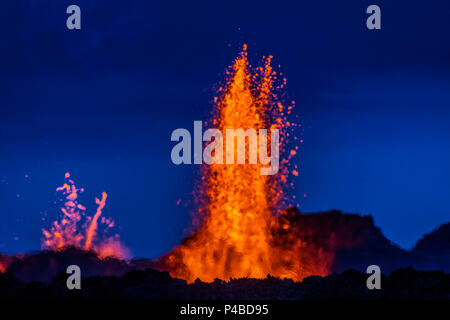 Lava fountains at the Holuhraun Fissure eruption near Bardarbunga Volcano, Iceland. August 29, 2014, a fissure eruption started in Holuhraun at the northern end of a magma intrusion that had moved progressively north, from the Bardarbunga volcano. Picture date- Sept 2, 2014 - Stock Photo