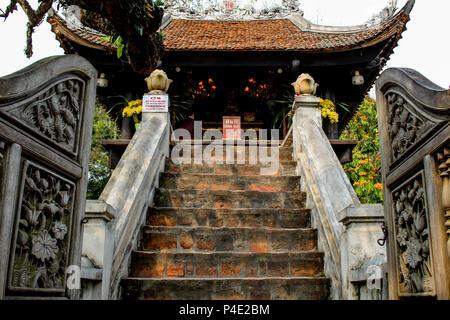 Hanoi, Vietnam - March 15, 2018: Entrance to One Pillar Pagoda, one of Hanoi's landmarks - Stock Photo