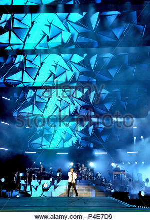 cesare cremonini in concert, san siro stadium, milan 20-06-2018 - Stock Photo
