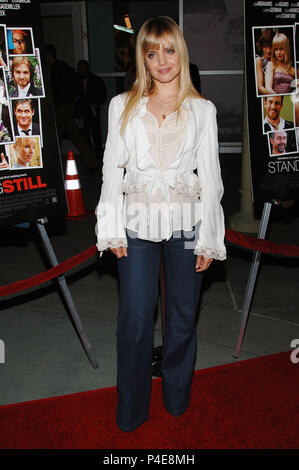 Mena Suvari arriving Standing Still Premiere at the Arlight Theatre in Los Angeles.. April 10 2006.05_SuvariMena_012 Red Carpet Event, Vertical, USA, Film Industry, Celebrities,  Photography, Bestof, Arts Culture and Entertainment, Topix Celebrities fashion /  Vertical, Best of, Event in Hollywood Life - California,  Red Carpet and backstage, USA, Film Industry, Celebrities,  movie celebrities, TV celebrities, Music celebrities, Photography, Bestof, Arts Culture and Entertainment,  Topix, vertical, one person,, from the year , 2006, inquiry tsuni@Gamma-USA.com Fashion - Full Length - Stock Photo