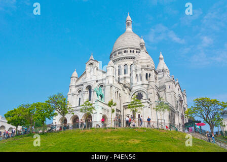 Basílica de Sacre Cœur, Montmartre, Paris, France - Stock Photo