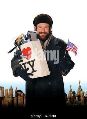 Original Film Title: MOSCOW ON THE HUDSON.  English Title: MOSCOW ON THE HUDSON.  Film Director: PAUL MAZURSKY.  Year: 1984.  Stars: ROBIN WILLIAMS. Credit: COLUMBIA PICTURES / Album - Stock Photo