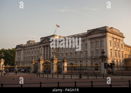 Buckingham Palace during a golden sunset - Stock Photo