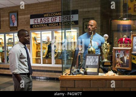Original Film Title: CENTRAL INTELLIGENCE.  English Title: CENTRAL INTELLIGENCE.  Film Director: RAWSON MARSHALL THURBER.  Year: 2016.  Stars: THE ROCK; KEVIN HART. Credit: NEW LINE CINEMA/BLUEGRASS FILMS/PRINCIPATO-YOUNG ENTERTAINME / Album - Stock Photo
