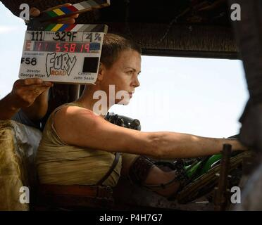 Original Film Title: MAD MAX: FURY ROAD.  English Title: MAD MAX: FURY ROAD.  Film Director: GEORGE MILLER.  Year: 2015.  Stars: CHARLIZE THERON. Credit: VILLAGE ROADSHOW / Album - Stock Photo