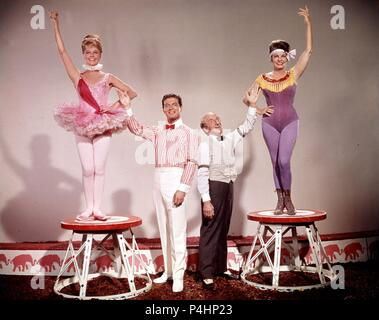 Original Film Title: BILLY ROSE'S JUMBO.  English Title: BILLY ROSE'S JUMBO.  Film Director: CHARLES WALTERS.  Year: 1962.  Stars: JIMMY DURANTE; MARTHA RAYE; STEPHEN BOYD; DORIS DAY. Credit: M.G.M / Album