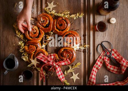 A wreath of mince whirls with sherry for Christmas - Stock Photo