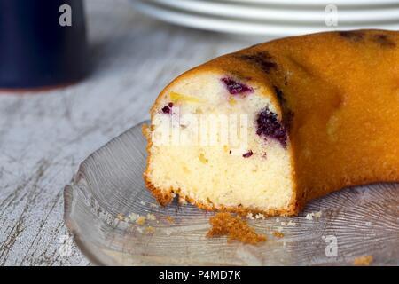 Blackberry & apple cake, sliced - Stock Photo