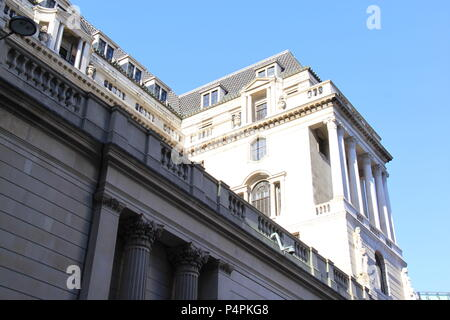 The Bank of England (owned by the UK Government) in the financial district of London, England, UK PETER GRANT - Stock Photo