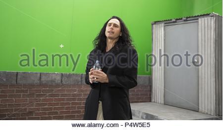 Original Film Title: THE DISASTER ARTIST.  English Title: THE DISASTER ARTIST.  Film Director: JAMES FRANCO.  Year: 2017.  Stars: JAMES FRANCO. Credit: GOOD UNIVERSE/NEW LINE CINEMA/POINT GREY PIC/RABBITBANDINI P / MINTZ, JUSTINA / Album - Stock Photo