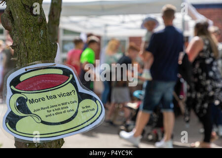 Cheshire, UK. 23rd June 2018. 23 June 2018 - The weather was hot and sunny for Grappenhall Walking Day, Cheshire, England, UK Credit: John Hopkins/Alamy Live News - Stock Photo