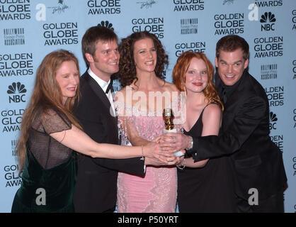 Six feet under tv lauren ambrose jordan brower 6fud 001 - Hollywood hills tv show ...