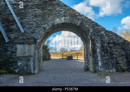 The Slate Arch at Ballachulish Slate Quarry, which once carried an inclined plane for tram tracks.  Near Glencoe, Highland Region, Scotland, UK - Stock Photo