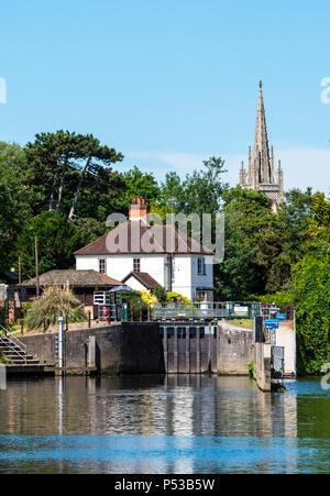 View of All Saints Church, Marlow Lock, River Thames, Marlow, Buckinghamshire, England, UK, GB. - Stock Photo