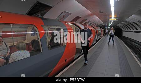 Kelvingrove Glasgow subway, SPT underground railway, city centre train / railway, Strathclyde, Scotland, UK - Stock Photo