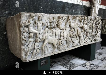 Roman Art. Sarcphagus Chest with the Phaeton Myth.  The fall of Phaeton. Found in Ostia. Late 2nd cent. AD. Marble. Ny Carlsberg Glyptotek. Copenhagen. Denmark. - Stock Photo
