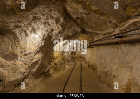 Inside Hazel-Atlas Mine in Black Diamond Regional Preserve. - Stock Photo