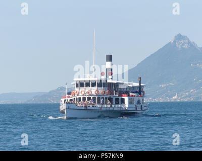 ITALIA paddle steamer built in 1909, on Lake Garda ,north Italy. Photo: Tony Gale - Stock Photo