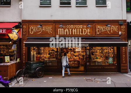 Le comptoir de mathilde chocolate shop bruges stock photo - Le comptoir de mathilde lyon ...