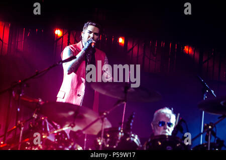 Milan, Italy. 25th June, 2018. QUEEN + Adam Lambert performs live at Mediolanum Forum in Milano, Italy, on June 25 2018 Credit: Mairo Cinquetti/Alamy Live News - Stock Photo