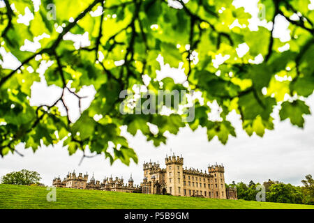 Kelso, Scottish Borders, UK. 13h May 2018. The Landrover Floors Castle Horse Trials in the Borders town of Kelso. Floors is the largest inhabited cast - Stock Photo