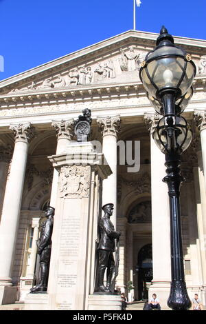 London Troops War Memorial in front of The Royal Exchange (a luxury shopping centre above Bank station), London, England, UK, PETER GRANT - Stock Photo
