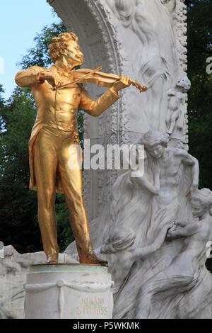 Austria, Vienna, Stadtpark, Johann Strauss, statue, memorial, - Stock Photo