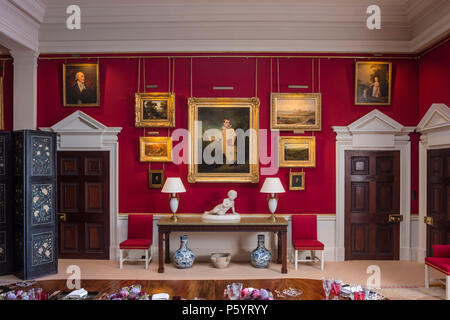 Artwork in luxurious dining room - Stock Photo