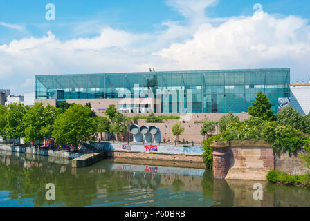 Musee d'Art Moderne et Contemporain, MAMCS, museum of modern and contemporary art, Strasbourg, Alsace, France - Stock Photo