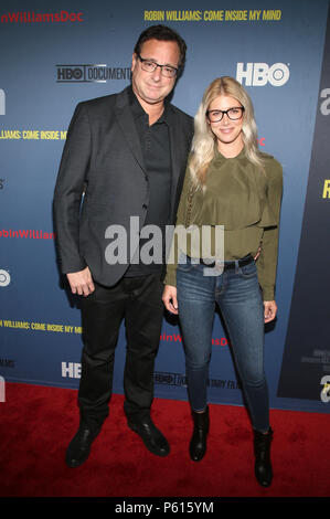 Hollywood, USA. 27th June, 2018. Bob Saget and Kelly Rizzo at the LA Premiere of HBO's Robin Williams: Come Inside My Mind at the TCL Chinese Theatre in Hollywood, California on June 27, 2018. Credit: Faye Sadou/Media Punch/Alamy Live News - Stock Photo
