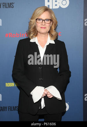 Hollywood, USA. 27th June, 2018. Bonnie Hunt at the LA Premiere of HBO's Robin Williams: Come Inside My Mind at the TCL Chinese Theatre in Hollywood, California on June 27, 2018. Credit: Faye Sadou/Media Punch/Alamy Live News - Stock Photo