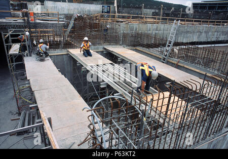 Fixing formwork for concreting Calgary Wastwater treatment plant, Alberta, Canada - Stock Photo