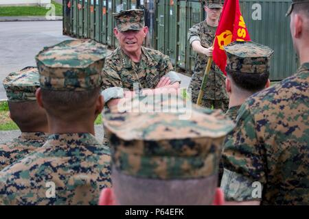 U.S. Marine Corps Lt. Gen. Lawrence D. Nicholson, commanding general of III Marine Expeditionary Force, talks to U.S. Marines assigned to the 31st Marine Expeditionry Unit on Camp Hansen, Okinawa, Japan, April 26, 2016. Nicholson commended the Marines for their participation in the Japan earthquake relief efforts from April 18-23, 2016. (U.S. Marine Corps Photo by Cpl. Darien J. Bjonrdal, 31st Marine Expeditionary Unit/ Released) - Stock Photo