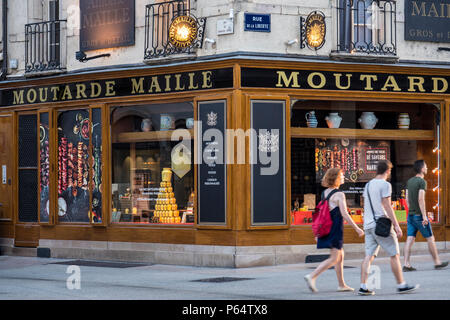 Moutarde Maille shop Dijon Cote-d'Or  Bourgogne-Franche-Comte France - Stock Photo