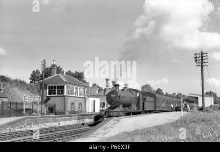 A Collett 251 class 0-6-0 stands in Pensford, Great Western station with the 10.20 Bristol to Frome train via radstock on 22nd August 1957. The engine - Stock Photo