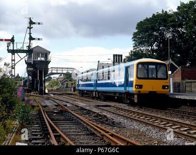 Haltwhistle. The 13:35 ex Carlisle for Newcastle arrives in Haltwhistle station. 20.07.1986. - Stock Photo