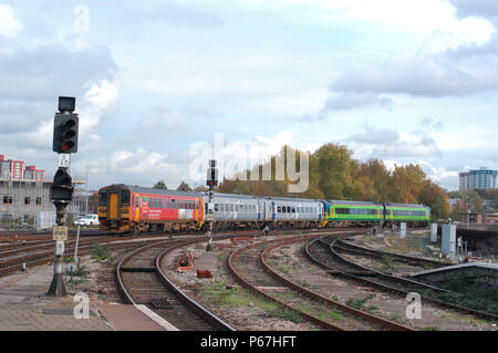 The Great Western Railway. Bristol Temple Meads station. A Bristol - Cardiff service departs from the local platform. October 2004. - Stock Photo