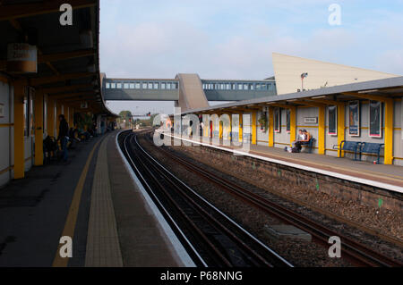 The Great Western Railway. Bristol Parkway Station. View from eastern end of Down platform looking westwards to Bristol. October 2004. - Stock Photo