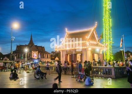 the Preah Ang Dorngkeu shrine at the Wat Botum Park at the Tonle Sap River in the city of Phnom Penh of Cambodia.  Cambodia, Phnom Penh, November, 201 - Stock Photo