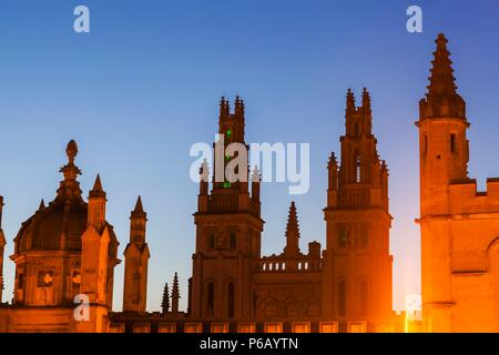 England, Oxfordshire, Oxford, All Souls College - Stock Photo